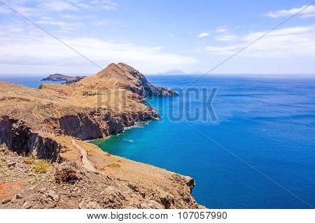 Rock Gate Ponta Do Furado