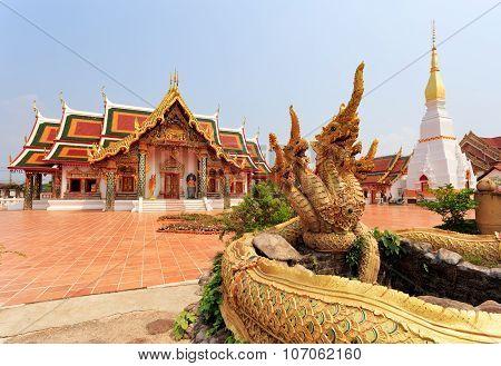 Wat Phra That Choeng Chum ,sakon Nakhon, Thailand