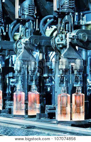 Hot glass bottles