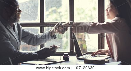 Business Team Handshake Deal Business Concept