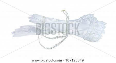 Long Laced Gloves With A Set Of Pearls
