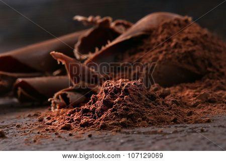 Dark chocolate shavings and sprinkled cocoa powder