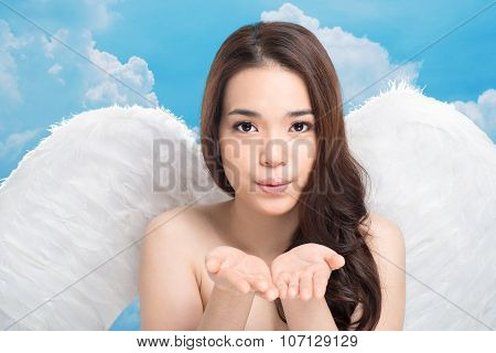 Air-kiss