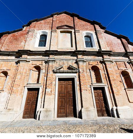 Europe  Old Christian Ancient  In Italy Milan Religion       And Sunlight