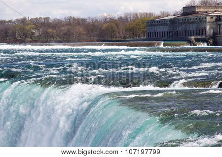 The Beginning Of The Niagara Falls