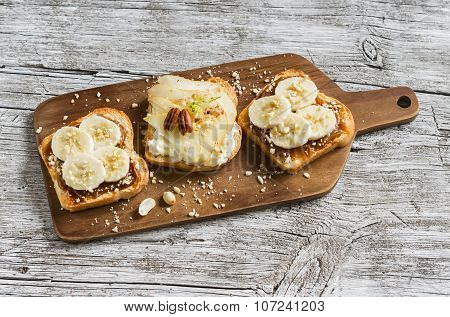 Sandwiches With Peanut-butter And Banana And Sandwiches With Soft Cheese, Pear And Honey, A Deliciou