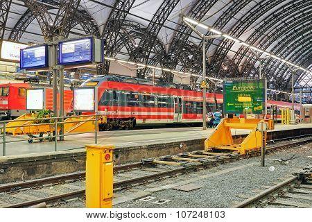 Dresden,germany-september 08,2015: Intercity Train At The Railways Station Of Dresden.rail Transport