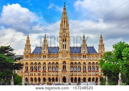 Vienna's Town Hall (rathaus) At Daytime.vienna. Austria.