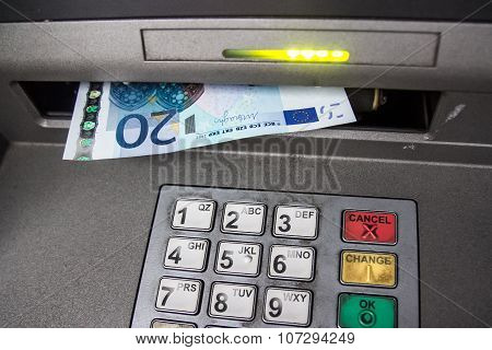 Withdraw euros from the ATM machine