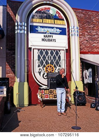 Street performer, Nashville.