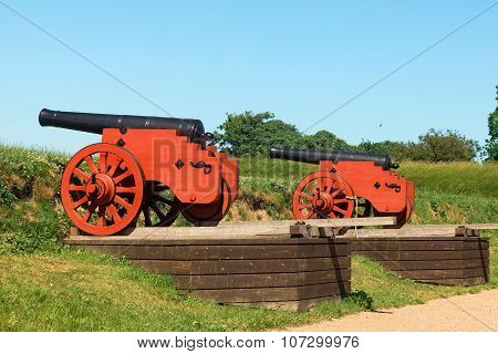 Old Castle Cannon