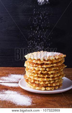 waffles with powdered sugar