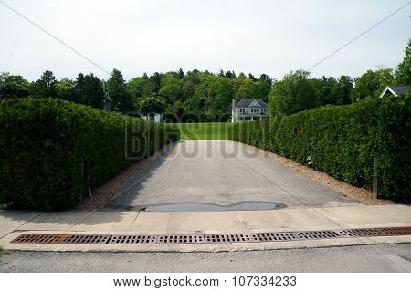 Harbor Springs Driveway