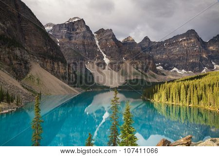 Beautiful Moraine Lake In The Morning Light