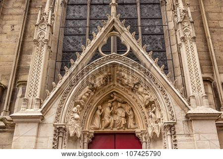 Biblical Statues Little Red Door Notre Dame Cathedral Paris France