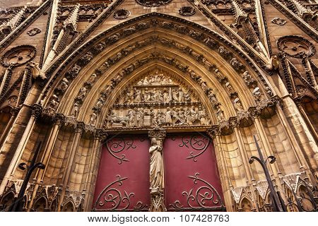 Biblical Statues Cloisters Door Notre Dame Cathedral Paris France