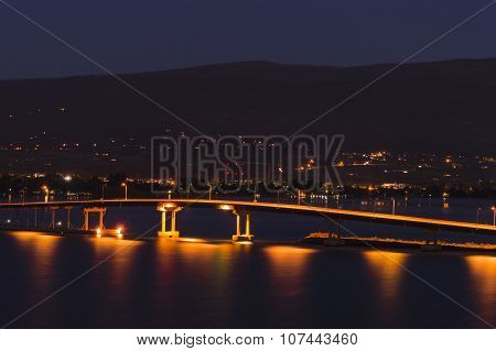 Okanagan Lake Bridge Kelowna Bc Canada At Night