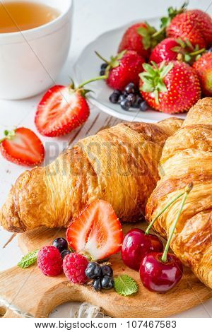 Breakfast - croissants with berries