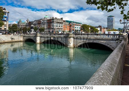 O'Connell Bridge over the river Liffey in Dublin City Centre