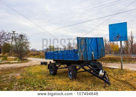 old blue trailer