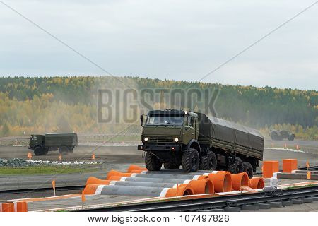 Kamaz-6350 Heavy Utility Truck Is Member Of Mustang Family