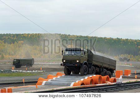Kamaz-6350 Heavy Utility Truck Is Member Of Mustang Family