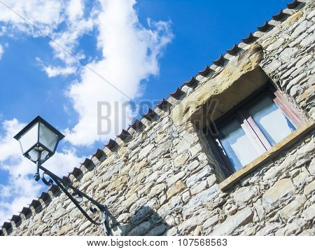 Streetlamp Window Stone