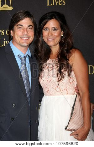 LOS ANGELES - NOV 7:  Bryan Dattilo, Elizabeth Cameron at the Days of Our Lives 50th Anniversary Party at the Hollywood Palladium on November 7, 2015 in Los Angeles, CA