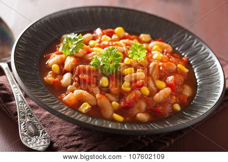 mexican veggie chilli in plate