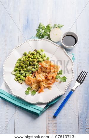 shrimp with edamame beans and soy sauce