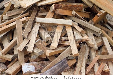 Many Small Logs Wide