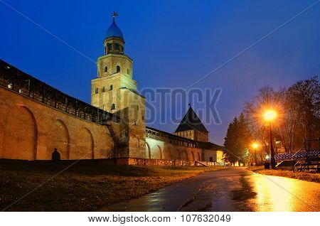 Night City Landscape - Kokui And Intercession Towers Of  Novgorod Kremlin In Veliky Novgorod, Russia
