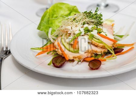 Salad With Sliced Chicken And Apples