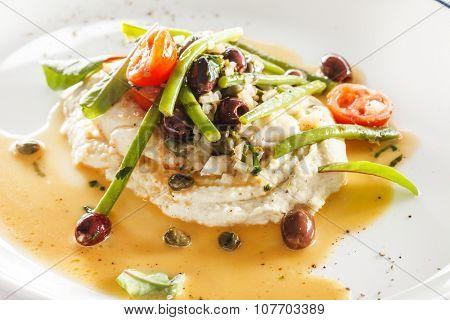 White fish with cauliflower puree
