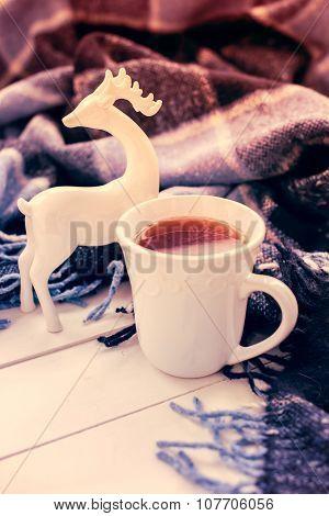 hot tea and Christmas deer