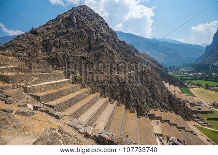 Ollantaytambo Ruins In The Sacred Valley, Peru