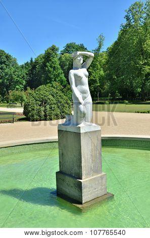 Fountain in Royal Lazienki park. Summer time.