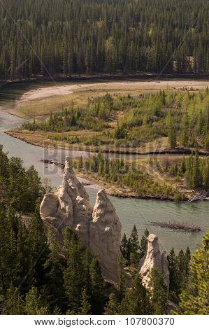 Hoodoos above Bow river