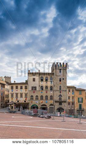 Shipyard In The Square In Arezzo