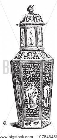 Chinese Vase reticle, vintage engraved illustration. Industrial encyclopedia E.-O. Lami - 1875.