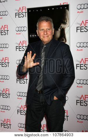 LOS ANGELES - NOV 10:  Paul Reiser at the AFI Fest 2015 Presented by Audi -