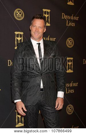 LOS ANGELES - NOV 7:  Matthew Ashford at the Days of Our Lives 50th Anniversary Party at the Hollywood Palladium on November 7, 2015 in Los Angeles, CA