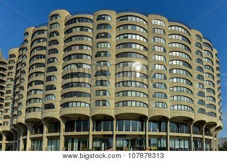 Rivercity Condominium - Chicago