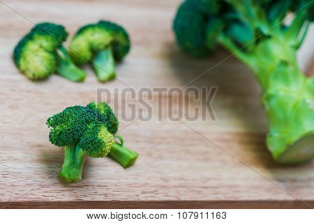 Fresh Broccoli On Wooden Background,broccoli Wooden Table