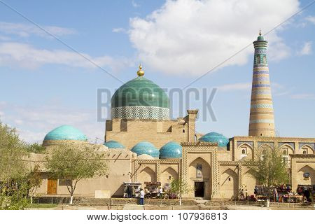 Bazaar At The Walls Of The Architectural Ensemble Of Islam Khoja
