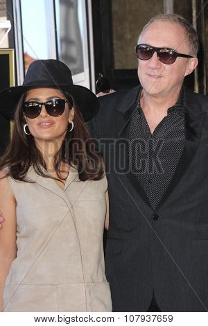 LOS ANGELES - NOV 05:  Salma Hayek, Francois-Henri Pinault at the Ridley Scott Hollywood Walk of Fame Star Ceremony at the Hollywood Blvd on November 05, 2015 in Los Angeles, CA