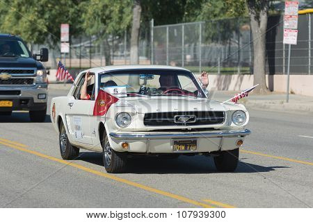 Classic Ford Mustang With Veterans