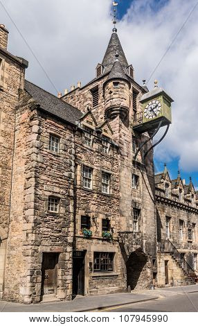 Canongate Toll Booth Clock, Royal Mile, Edinburgh, Scotland