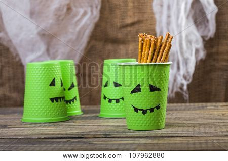 Set Of Halloween Disposable Cups