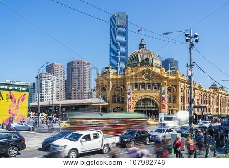 Flinders Street, Historical And Modern Buildings In Melbourne